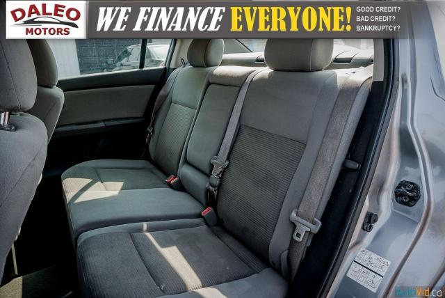 2011 Nissan Sentra 2.0 / BUCKET SEATS / POWER WINDOWS & DOORS / Photo11