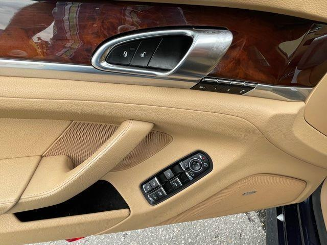 2013 Porsche Panamera 4 AWD NAVIGATION,SUNROOF,REAR VIEW CAMERA, BLIND SPOT Photo20