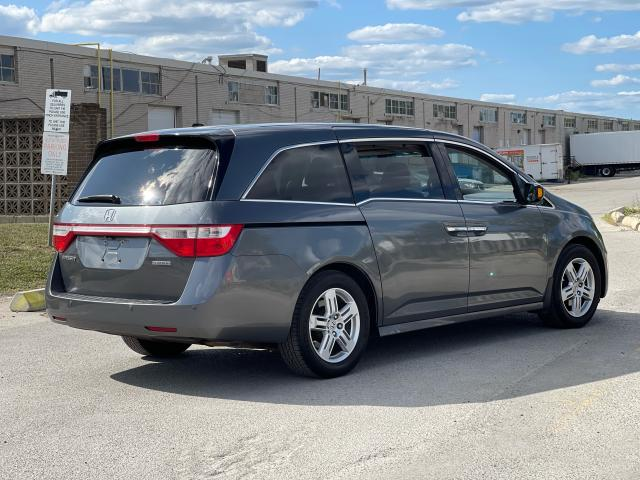 2011 Honda Odyssey Touring Navigation/DVD/Sunroof/8Passs Photo5