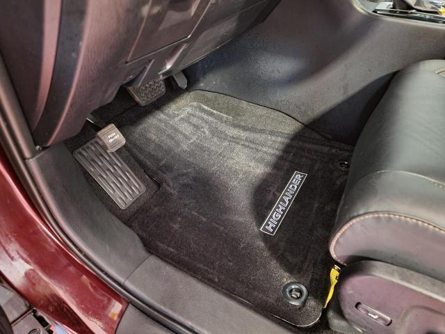 2019 Toyota Highlander XLE AWD Photo21