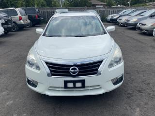 Used 2013 Nissan Altima SV for sale in Hamilton, ON