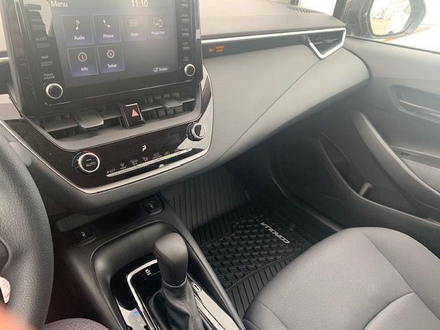 2022 Toyota Corolla LE CVT