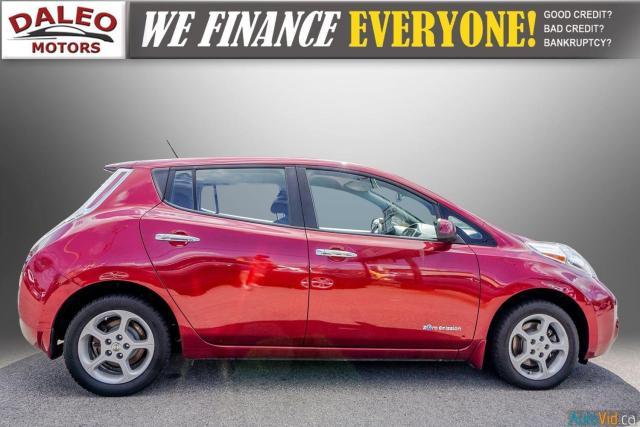 2015 Nissan Leaf SV / HEATED FRONT & REAR SEATS / NAVI / BACKUP CAM Photo9