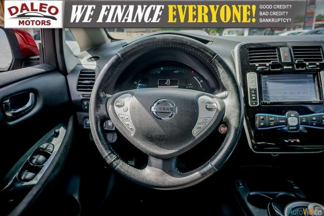 2015 Nissan Leaf SV / HEATED FRONT & REAR SEATS / NAVI / BACKUP CAM Photo13