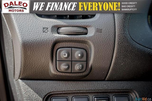 2015 Nissan Leaf SV / HEATED FRONT & REAR SEATS / NAVI / BACKUP CAM Photo17