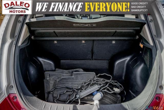2015 Nissan Leaf SV / HEATED FRONT & REAR SEATS / NAVI / BACKUP CAM Photo29
