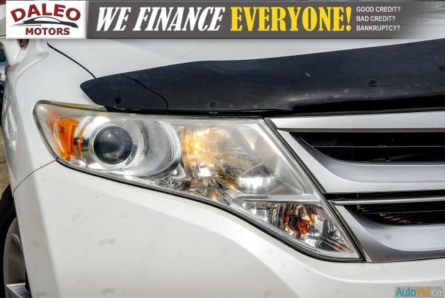2013 Toyota Venza XLE / AWD / LEATHER / SUNROOF / REAR AC / BACK CAM Photo2