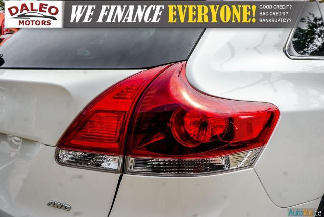 2013 Toyota Venza XLE / AWD / LEATHER / SUNROOF / REAR AC / BACK CAM Photo10