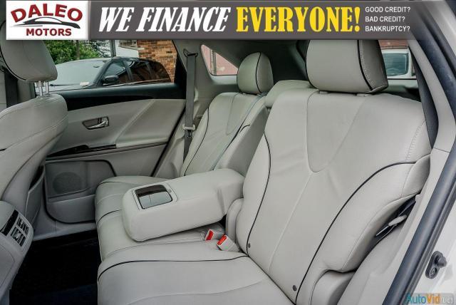 2013 Toyota Venza XLE / AWD / LEATHER / SUNROOF / REAR AC / BACK CAM Photo15