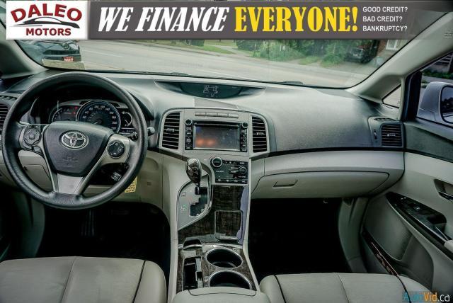 2013 Toyota Venza XLE / AWD / LEATHER / SUNROOF / REAR AC / BACK CAM Photo16