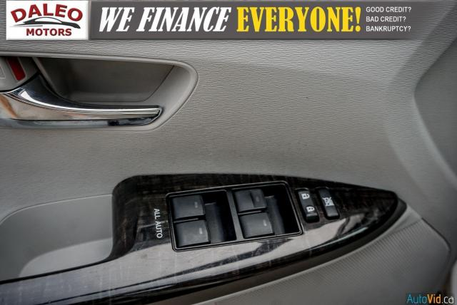2013 Toyota Venza XLE / AWD / LEATHER / SUNROOF / REAR AC / BACK CAM Photo19