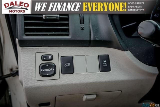 2013 Toyota Venza XLE / AWD / LEATHER / SUNROOF / REAR AC / BACK CAM Photo20