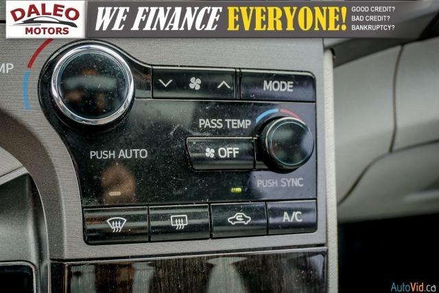 2013 Toyota Venza XLE / AWD / LEATHER / SUNROOF / REAR AC / BACK CAM Photo24