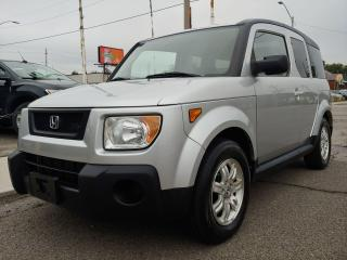 Used 2006 Honda Element w/Y Pkg ***4WD/Sunroof/Runs & Drives Like New*** for sale in Hamilton, ON