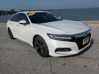 Used 2018 Honda Accord Touring Heated Leather Sun Roof Bluetooth Rear Cam for sale in Belle River, ON