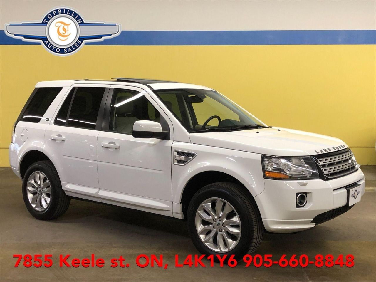 2014 Land Rover LR2 4WD, Navi, Leather, Sunroof 2 Years Warranty