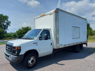 Used 2009 Ford Econoline E350 for sale in Cornwall, ON