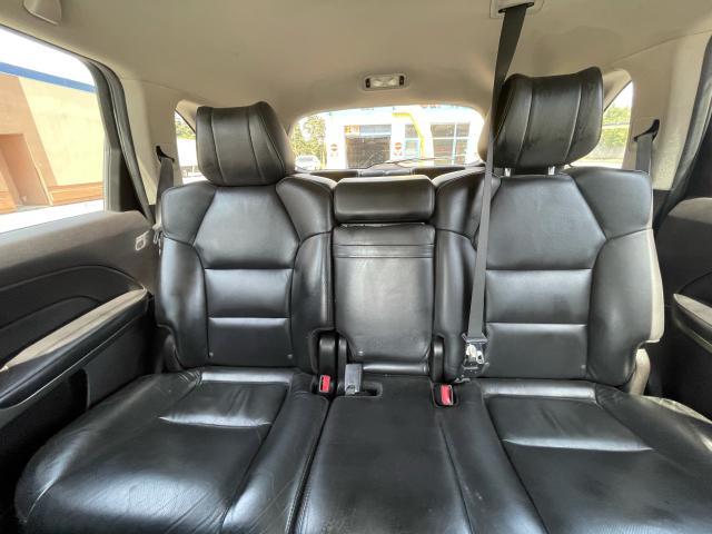 2010 Acura MDX Tech Pkg Navigation/DVD//Sunroof/7 Pass Photo12