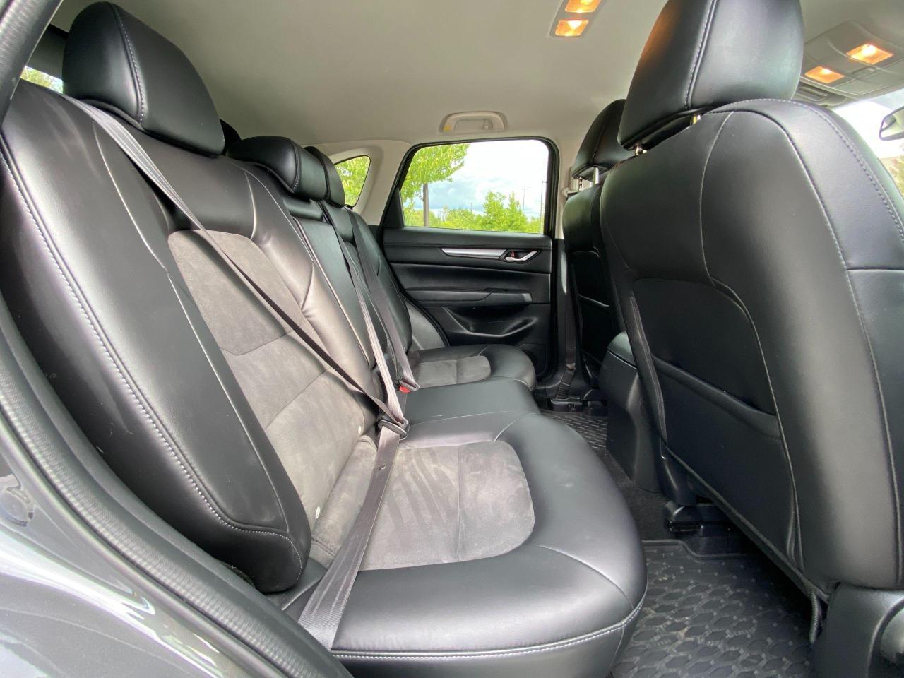2017 Mazda CX-5 Touring Photo10