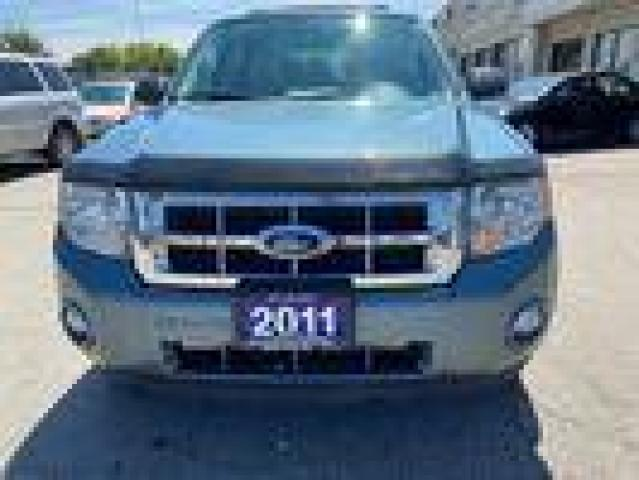 2011 Ford Escape CERTIFIED, ONE SET OF WINTER TIRES INCLUDED, AC