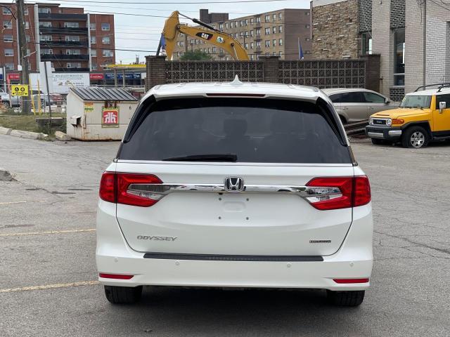 2019 Honda Odyssey TOURING NAVIGATION/DVD/SUNROOF/8 Pass Photo6
