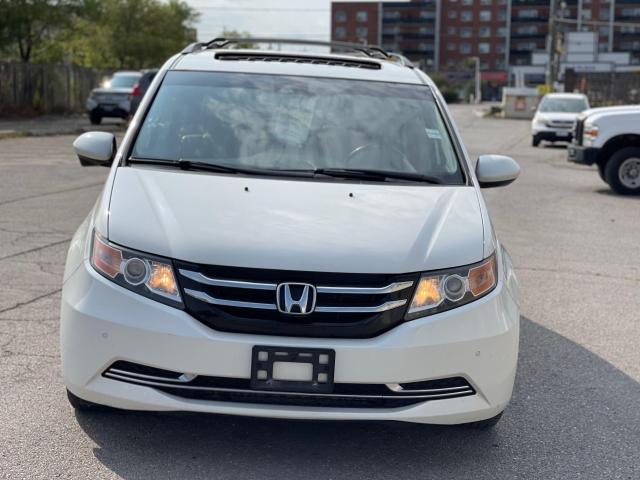 2015 Honda Odyssey EX-L Navigation/Sunroof/Leather/8Pass Photo2