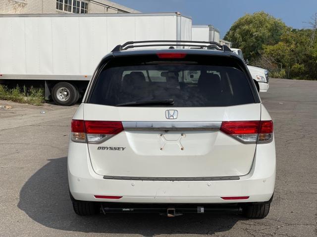 2015 Honda Odyssey EX-L Navigation/Sunroof/Leather/8Pass Photo6