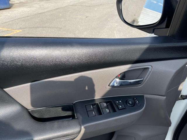 2015 Honda Odyssey EX-L Navigation/Sunroof/Leather/8Pass Photo12