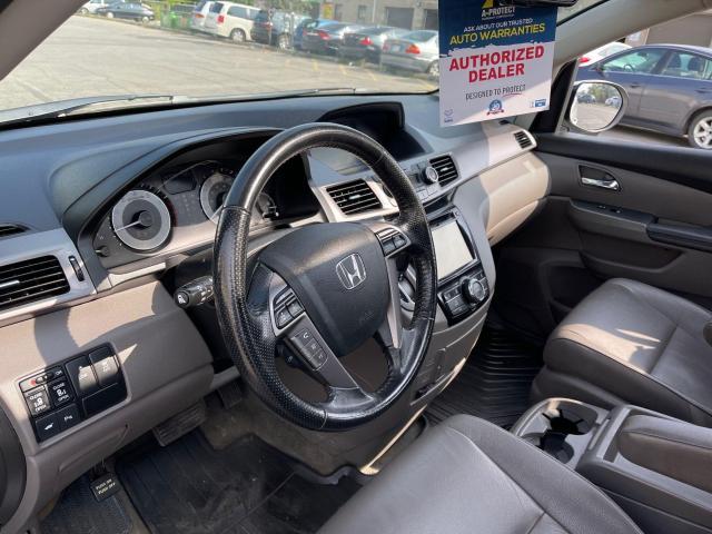 2015 Honda Odyssey EX-L Navigation/Sunroof/Leather/8Pass Photo13