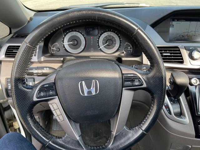 2015 Honda Odyssey EX-L Navigation/Sunroof/Leather/8Pass Photo15