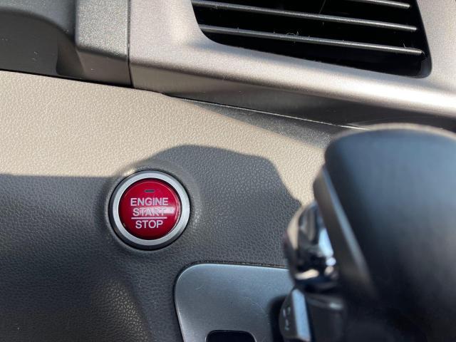 2015 Honda Odyssey EX-L Navigation/Sunroof/Leather/8Pass Photo19