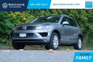 Used 2016 Volkswagen Touareg 3.6L Sportline * Panoramic Sunroof ** Tow Hitch ** Navigation * for sale in Surrey, BC
