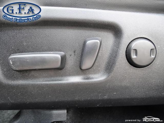 2018 Toyota Highlander SE MODEL, AWD, LEATHER SEATS, SUNROOF, NAVI, 7PASS Photo9