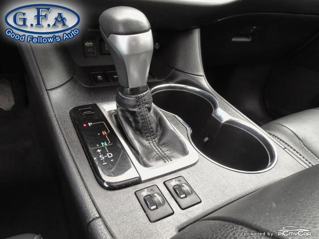 2018 Toyota Highlander SE MODEL, AWD, LEATHER SEATS, SUNROOF, NAVI, 7PASS Photo17