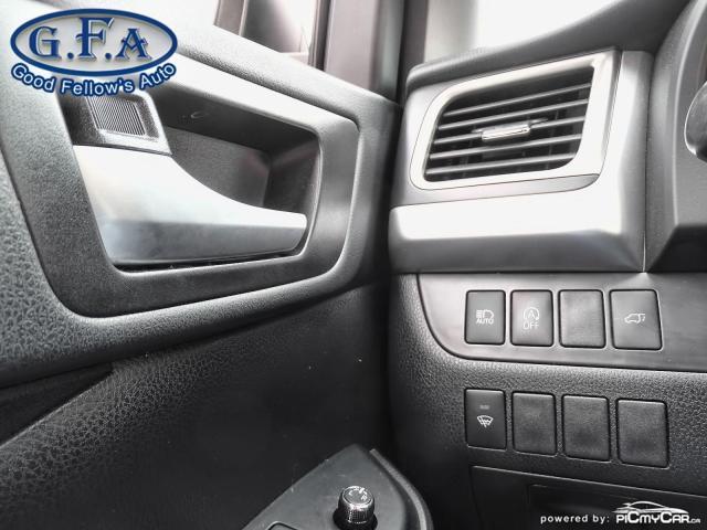 2018 Toyota Highlander SE MODEL, AWD, LEATHER SEATS, SUNROOF, NAVI, 7PASS Photo21