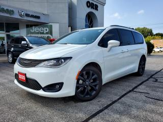 Used 2020 Chrysler Pacifica Touring-L for sale in Sarnia, ON