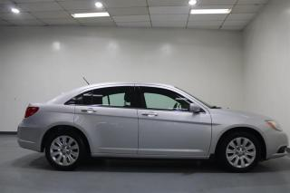 Used 2012 Chrysler 200 WE APPROVE ALL CREDIT for sale in Mississauga, ON