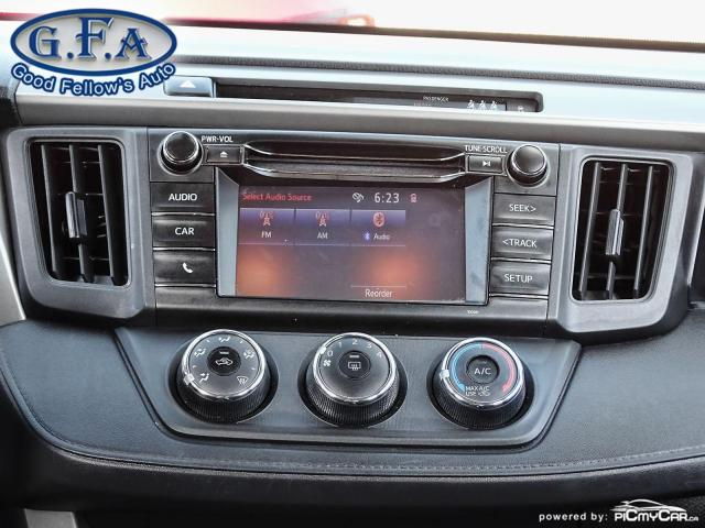 2018 Toyota RAV4 LE MODEL, REARVIEW CAMERA, HEATED SEATS, BLUETOOTH Photo12