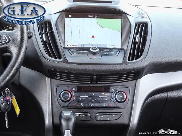 2017 Ford Escape SE MODEL, LEATHER SEATS, PAN ROOF, NAV, BACKUP CAM Photo15