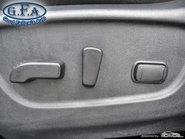 2017 Nissan Rogue SV MODEL, AWD, PANORAMIC ROOF, 360° CAMERA, NAVI Photo9