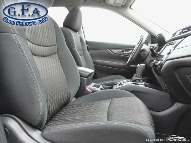 2017 Nissan Rogue SV MODEL, AWD, PANORAMIC ROOF, 360° CAMERA, NAVI Photo11