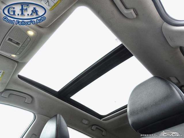 2015 Nissan Rogue SL AWD, LEATHER SEATS, PAN ROOF, 360° CAM, NAVI Photo8
