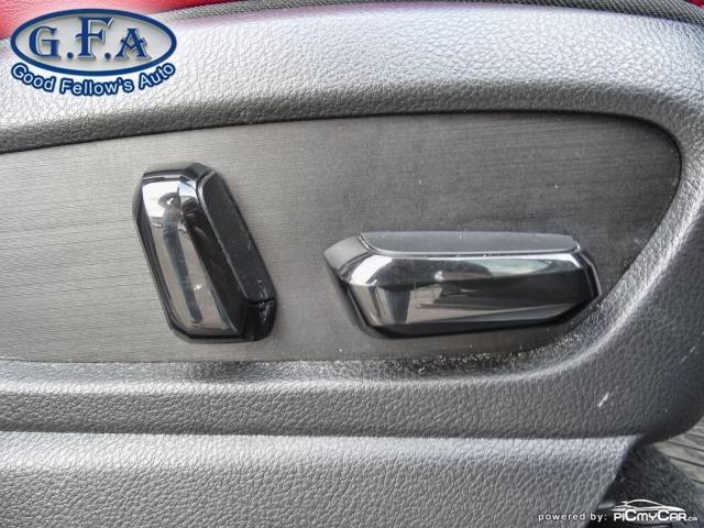2019 Lexus UX UX250H, SUNROOF, BLACK ON RED LEATHER SEATS,HYBRID Photo12