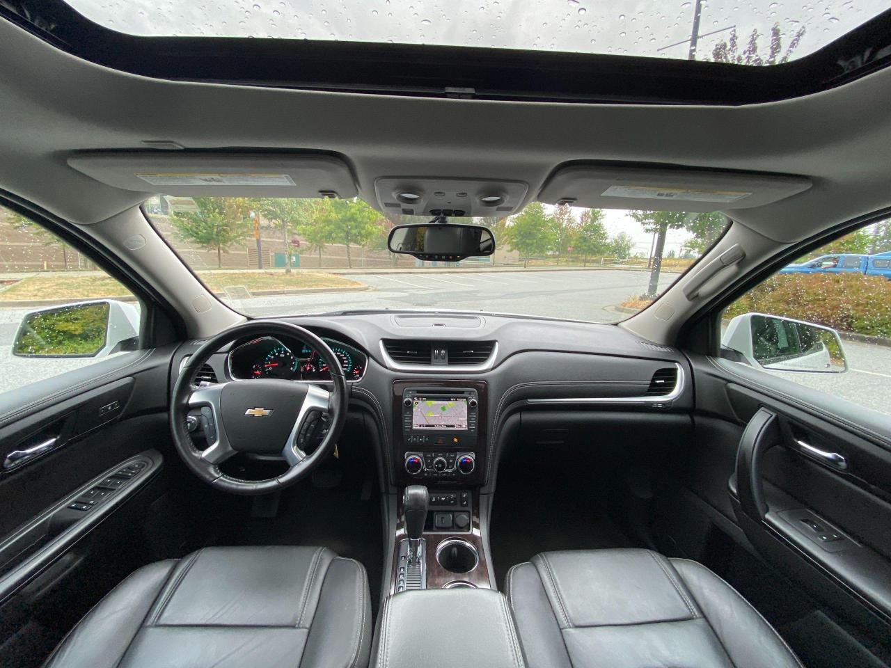 2017 Chevrolet Traverse 2LT Photo12