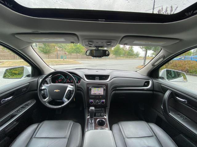 2017 Chevrolet Traverse LT Photo12