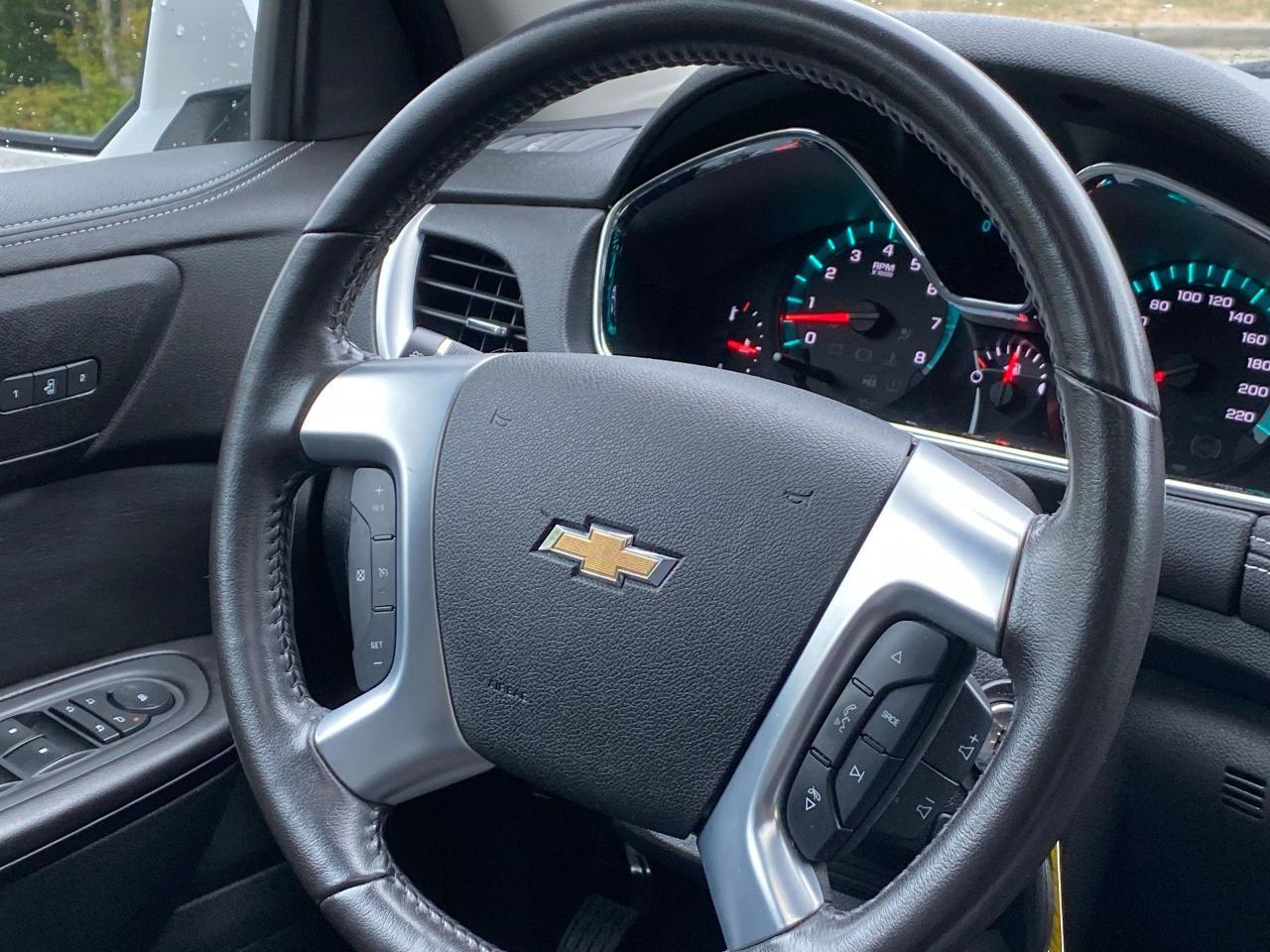 2017 Chevrolet Traverse 2LT Photo19