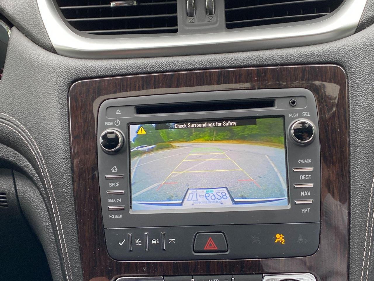 2017 Chevrolet Traverse 2LT Photo26