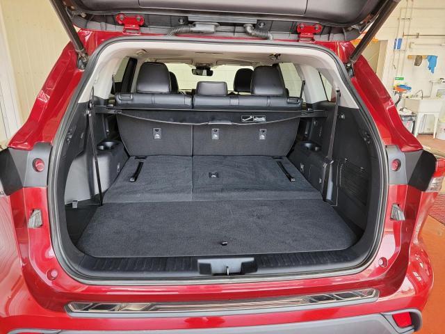 2020 Toyota Highlander XLE AWD Photo8