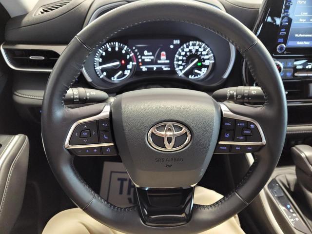 2020 Toyota Highlander XLE AWD Photo10