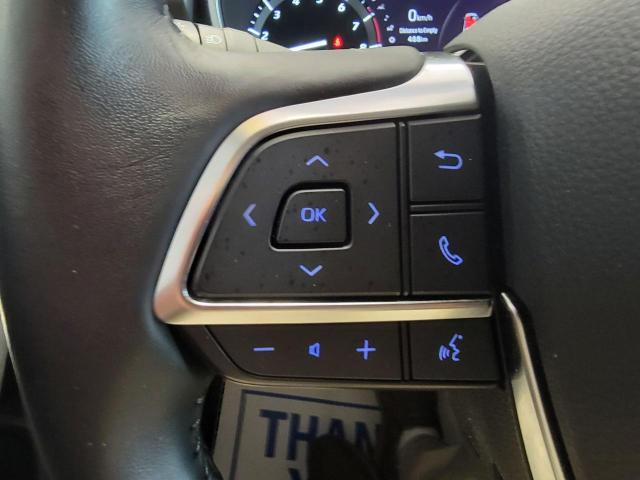 2020 Toyota Highlander XLE AWD Photo11